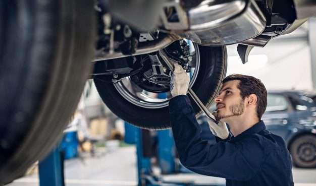 Asistente de Mecanico Automotriz 1 2021